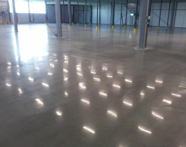 Licht verregend beton oppervlak upgraden naar InTelliFloor