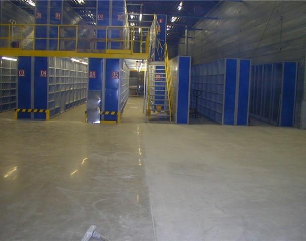slijpen-versleten-betonvloeren.jpg